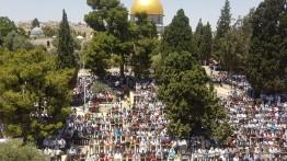 Jum'at pertama di bulan Ramadhan, 120.000 umat Islam banjiri Al-Aqsa