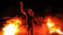 Pemuda Gaza kembali gelar demonstrasi malam di perbatasan