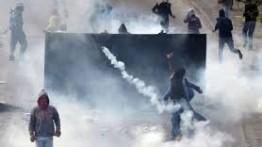 """Israel gunakan """"gas yang tidak diketaui jenisnya"""" dalam menghadapai para pengunjuk rasa Palestina"""