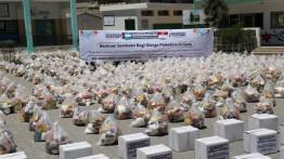 1000 Paket sembako senilai Rp. 535,000,000 hadiah Ramadhan...