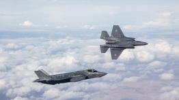 Israel menerima tiga jet tempur siluman F-35 Adir