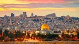Ribuan anak-anak Palestina membanjiri Al-Aqsa