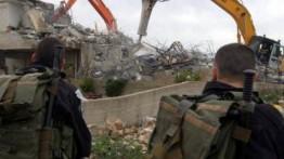 Otoritas Israel hancurkan 19 bangunan milik warga Palestina Tepi Barat