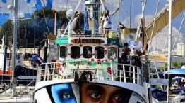 Angkatan Laut Israel membajak kapal Freedom Flotilla yang membawa bantuan medis ke Gaza