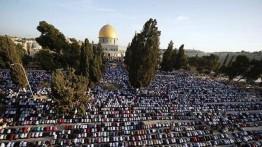 Jumat pertama Ramadhan, warga Palestina berbondong-bondong ke Masjid Al-Aqsa