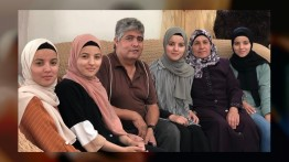 Presiden Mahmud Abbas tanggung biaya kuliah empat gadis kembar penghafal Quran Palestina
