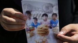 Otoritas Cina berusaha menghapus identias anak-anak Muslim Uighur