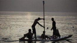 Balas serangan roket dari Gaza, Israel kurangi jarak areal penangkapan ikan menjadi hanya 6 mil