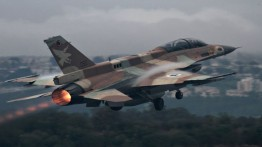 Pesawat tempur F-15 Israel lancarkan serangan roket di pangkalan militer Suriah di kota Homs