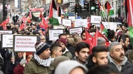 Gelombang protes di Eropa menolak deklarasi Donald Trump