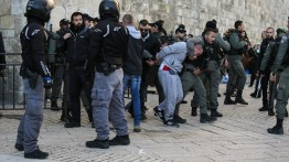 Tentara Israel Cegah Ratusan Warga Palestina Laksanakan Shalat Jumat di Masjid Al-Aqsa