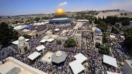 45000 warga Palestina tunaikan sholat Jum'at di Al-Aqsa