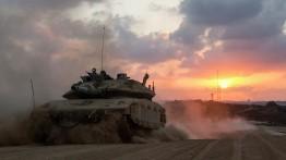 Israel lontarkan roket balasan ke Jalur Gaza