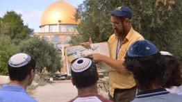 Sejumlah anggota Knesset memasuki kompleks Masjid Al-Aqsa
