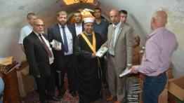 Menteri Wakaf Palestina tinjau Masjid Ibrahimiah yang dijaga ketat tentara Israel