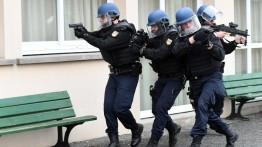 Beraliansi dengan Iran, markas sebuah asosiasi Muslim Prancis digrebek polisi