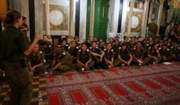 35.000 Pemukim Israel serbu Masjid Ibrahimi