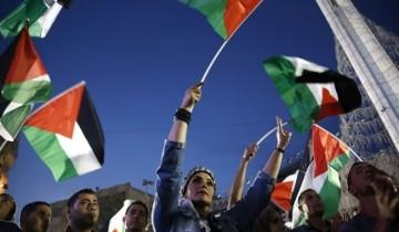 Jajak pendapat: Mayoritas rakyat Palestina ingin Mahmoud Abbas mengundurkan diri