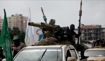 Jelang HUT ke-30 Hamas gelar parade militer