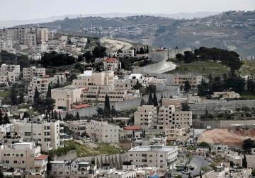 Tembok Apharteis dibangun oleh Yahudi-Pemisah Terbentang antara Je