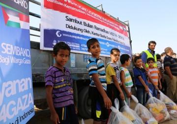 Alhamdulillah, Truk Bermuatan 600 Paket Sembako Mendistribusikan K