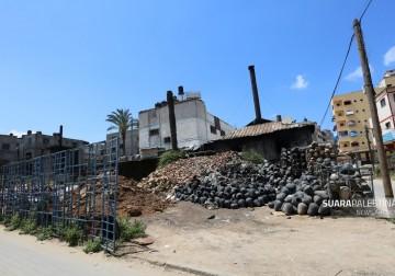 Tim Suara Palestina kunjungi salah satu rumah usaha gerabah di kota Gaza milik Bapak Sabri Athaillah.